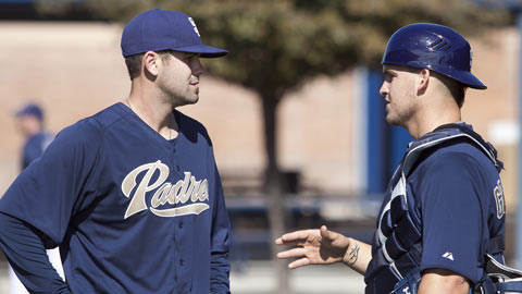 Yasmani Grandal (right) is acclimating to new pitchers such as Casey Kelly.